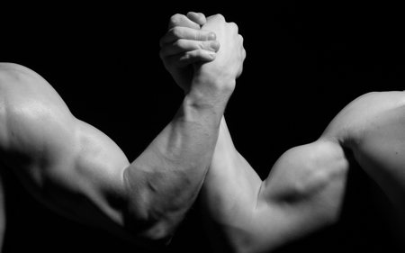 ../Downloads/hands_men_wrestling_biceps_black_and_white_arm_wrestling_79971_3840x2400.jpg